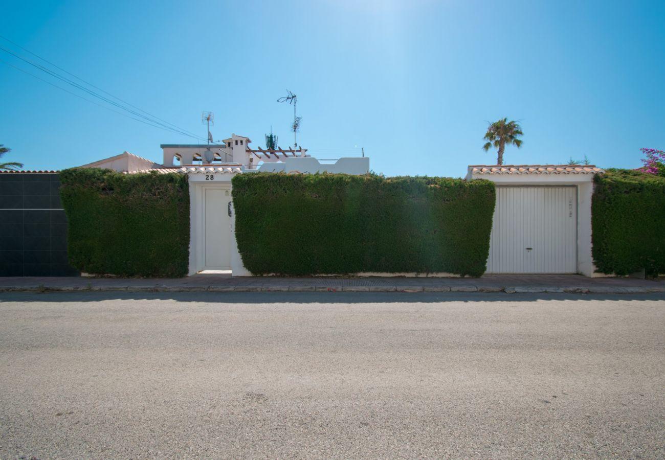 Casa adosada en Torrevieja - 065 Florida Pool - AC/WIFI